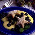 Blueberry and Custard-Filled Star Puffs