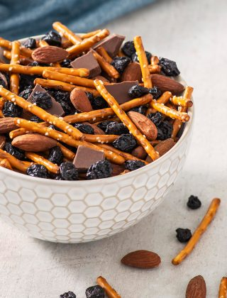 Blueberry Party Mix